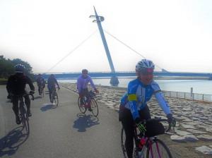 小春日和の暖かな晴天のもと、今回のマナーアップ・サイクリングは行われた。
