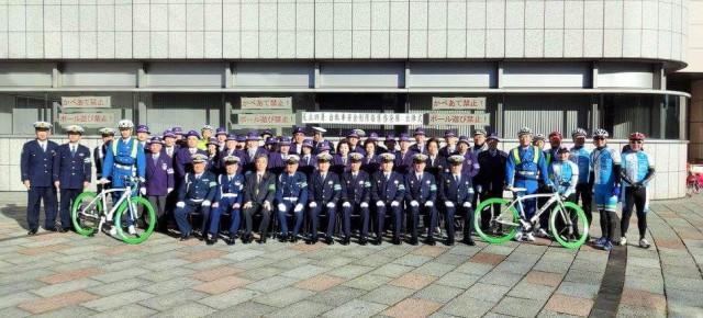2015年12月4日(金)警視庁の自転車部隊「ビームス」の出陣式に参加、ともにマナーアップ活動を行いました。