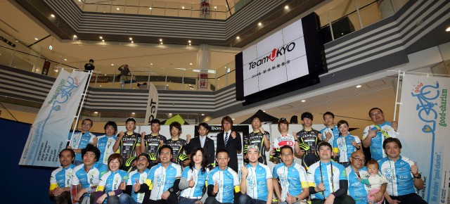 2016年2月14日(日)、TeamUKYO2016年新体制発表会のステージ上で、グッチャリの活動プレゼンテーションを行いました。