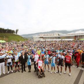 2016年9月25日(日)被災地応援サイクリング大会:第5回ツール・ド・三陸を開催!会場で大型車の死角体験会を併催しました。