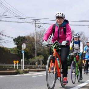 初の長距離サイクリングとなった山口さん。三崎口駅に向かう長い坂にて。ちょっとしんどかったですね!