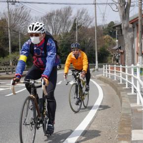 いつも参加してくださる村岡さん(前)と沖本さん(後ろ)。ふたりは余裕ですね。