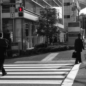 「大丈夫!」は勘違い!? 信号無視をする歩行者の認知能力